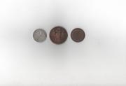 старые монеты 5 копеек,  3 копейки и один полтинник из серебра.