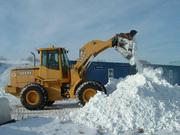 Сбор и вывоз снега.