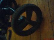 Колеса для коляски-трансформера в хорошем состоянии