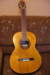 гитара концертная мастеровая для ученика музшколы и музучилища